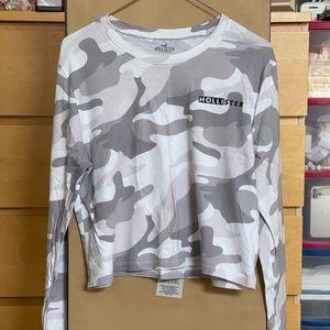 Camo Cropped Long Sleeve Shirt